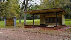 Old Trace Exhibit Shelter - Natchez Trace Parkway