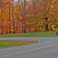 Natchez Trace Parkway: Nashville - Franklin | Photo taken of motorcyclist near milepost 440.