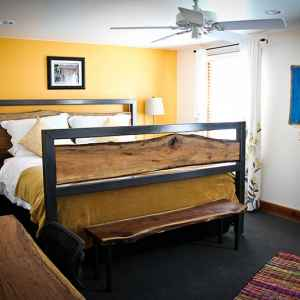 Guest Accommodations Farmhouse Sanctuary Bed And
