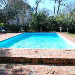 Outdoor Swimming Pool - Natchez, MS Bed and Breakfast