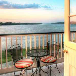 River Edge Suites - Natchez, Mississippi