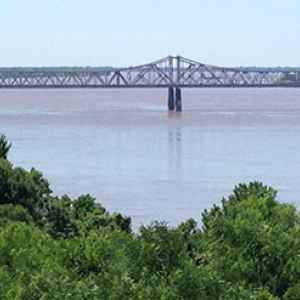 View of the river looking south towards the US 84 bridge connecting Natchez to Louisiana.