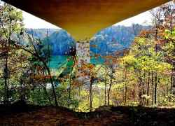 Tennessee - Picture taken from under the Double Arch Bridge.