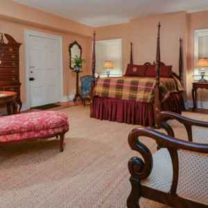 One of the four spacious, queen bed guest suites at this Natchez, MS Bed and Breakfast.
