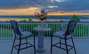 Private Balcony view of Mississippi River.