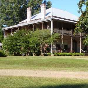 Mamie's Cottage Bed and Breakfast at the Dupree House - Raymond, Mississippi