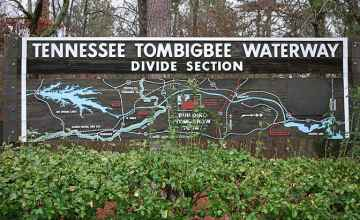 The Divide Cut Section of the Tennessee-Tomigbee Waterway.